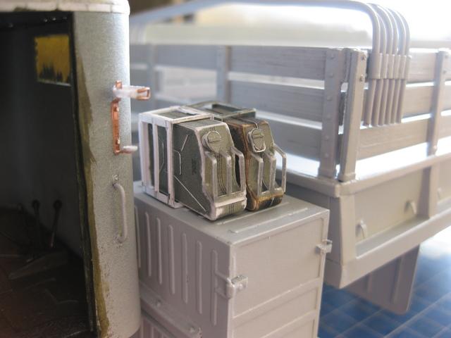 КрАЗ-255Б1  автомобиль-вездеход макет из бумаги